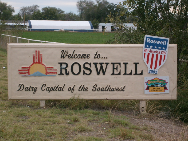 day-59-roswell-welcome_zpsa32d926f.jpg